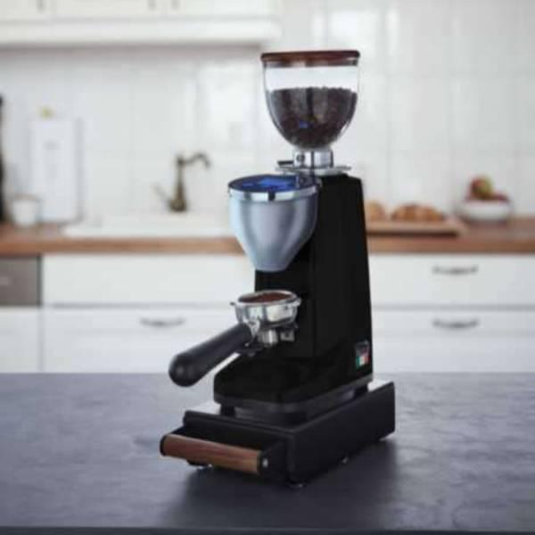 bellezza piccola 60 titanio kaffeemuehle schwarz