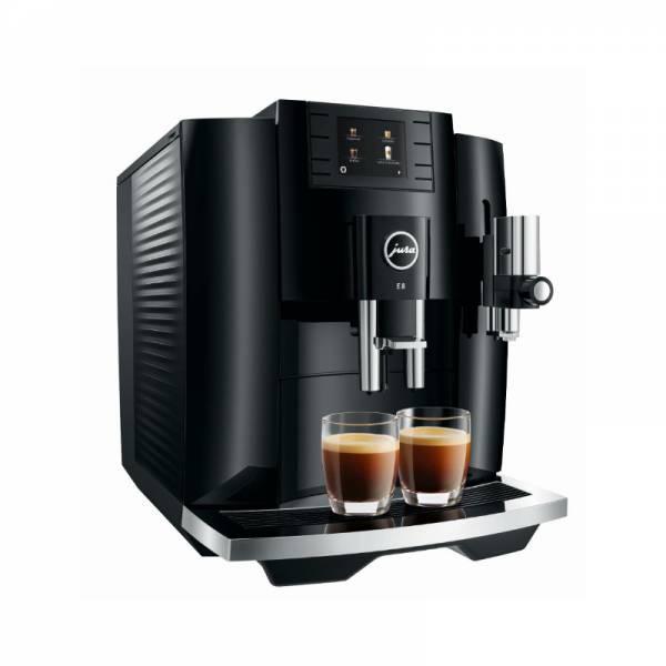 Jura Kaffeevollautomat Front abgewinkelt links (E8 Piano Black)