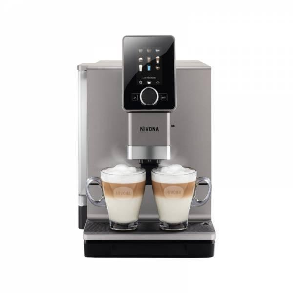 Nivona Kaffeevollautomat Titan Front mit Tassen (NICR 930 CafeRomatica)